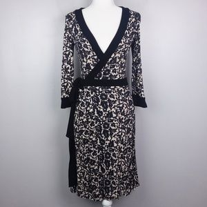 Diane Von Furstenberg 100% Silk Floral Wrap Dress